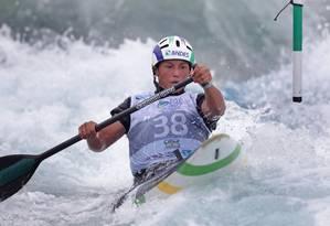 Ana Sátila é a principal esperança de medalha para o Brasil no Mundial de canoagem slalom em Deodoro Foto: Márcio Alves / Agência O Globo