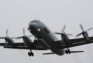 Um avião de reconhecimento russo do modelo Il-20, o mesmo que foi derrubado na Síria Foto: SERGEY PIVOVAROV / REUTERS