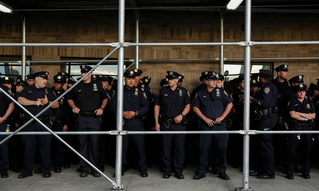 Policiais do Departamento de Polícia de Nova York: neste ano, polícia trabalhou junto de FBI para traçar novos planos de segurança em Assembleia Geral da ONU Foto: AMR ALFIKY / REUTERS