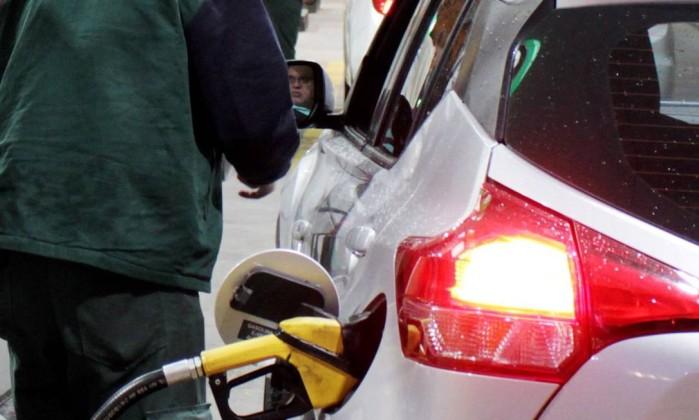 Posto de combustível Foto: Paulo Nicolella / Agência O Globo