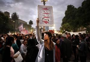 O movimento Nenhuma Menos, lançado em 2015 na Argentina, ganhou força e se espalhou pela América Latina; recentemente, nomes como a atriz Cecilia Roth revelaram ter sido vítimas de abuso e engrossaram mobilização Foto: Santiago Filipuzzi/11-4-2017