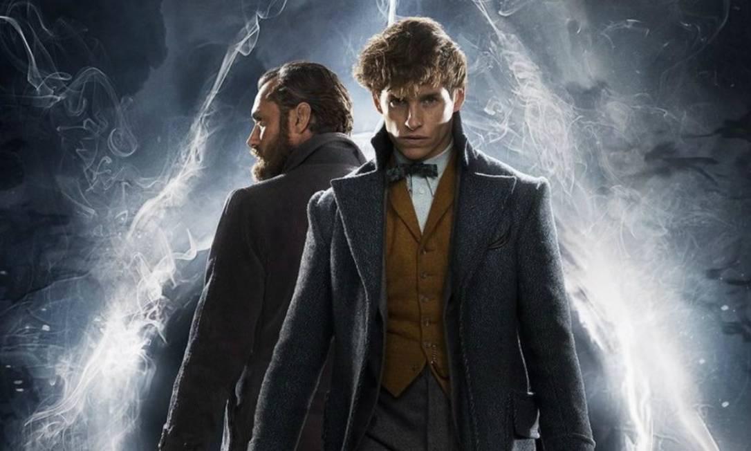 Alvo Dumbledore (Jude Law) e Newt Scamander (Eddie Redmayne) lutam juntos contra a magia das trevas Foto: Divulgação