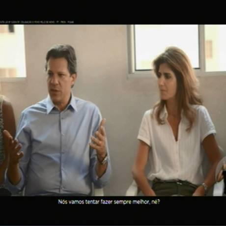 Fernando Haddad em programa eleitoral em que fala para as mulheres Foto: Reprodução