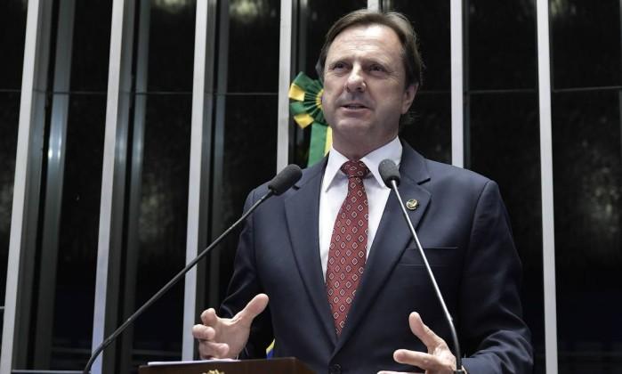 O senador Acir Gurgacz (PDT-RO) durante discurso na tribuna do Senado Foto: Waldemir Barreto/Agência Senado