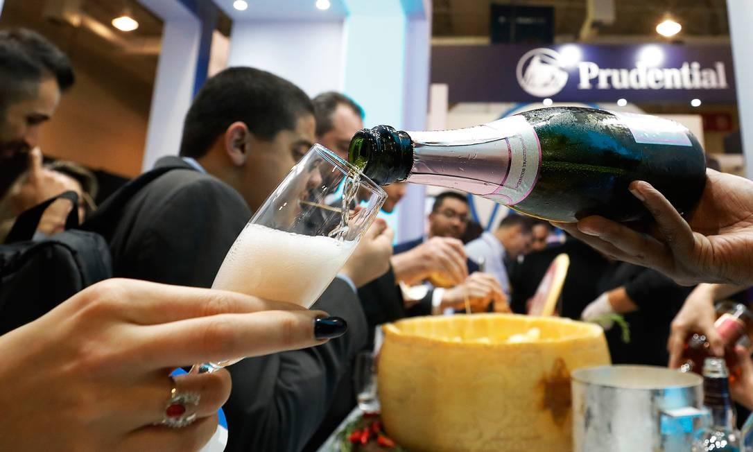 Espumantes, queijo Foto: Marcelo Chello / Agência O Globo