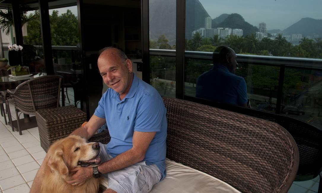 """Para a família. O empresário Clide Zelazo não abre mão de seus fundos PGBL, que considera """"um excelente veículo para efeito de sucessão"""" Foto: Adriana Lorete / Agência O Globo"""