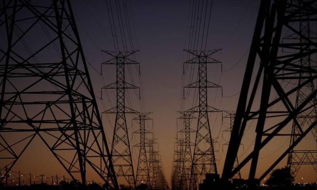 Linhas de transmissão de energia em Brasília, Distrito Federal Foto: Reuters