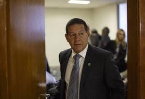 General Hamilton Mourão participa de reunião em Brasília Foto: Daniel Marenco/Agência O Globo/11-09-2018