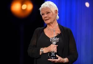 A atriz britânica Judi Dench foi homenageada no Festival de San Sebastián Foto: ANDER GILLENEA / AFP