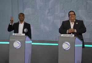 Debate entre os candidatos ao governo do Rio de Janeiro. Na foto, Romário ao lado de Tarcisio Motta. Foto: Alexandre Cassiano / Agência O Globo
