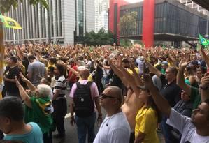 Manifestantes a favor de Jair Bolsonaro na Avenida Paulista Foto: Edilson Dantas / O GLOBO