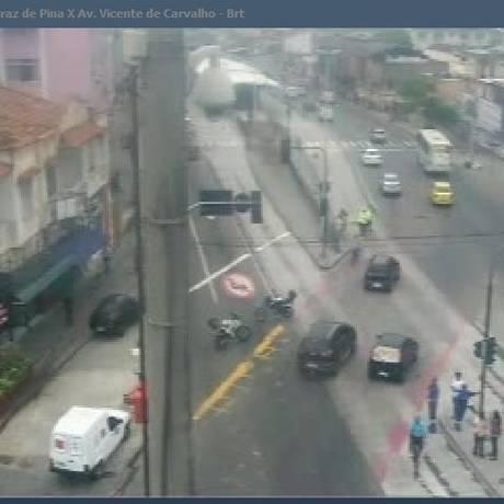 Interdiçao em avenida na Penha Foto: Reprodução/Centro de Operações