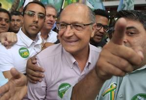 Geraldo Alckmin durante campanha em São Paulo Foto: Edilson Dantas / Agência O Globo