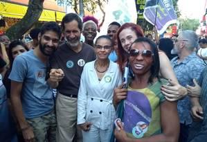A candidata Marina Silva (Rede) durante caminhada no calçadão de Campo Grande Foto: Mariana Martinez