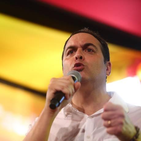 Recife (PE) 05/08/2018 - Convenção PSB-PE - Convenção da Frente Popular de Pernambuco lança oficialmente a campanha do governador Paulo Câmara, PSB-PE, à reeleição 05/08/2018 Foto: Sérgio Bernardo/JC Imagem / Agência O Globo