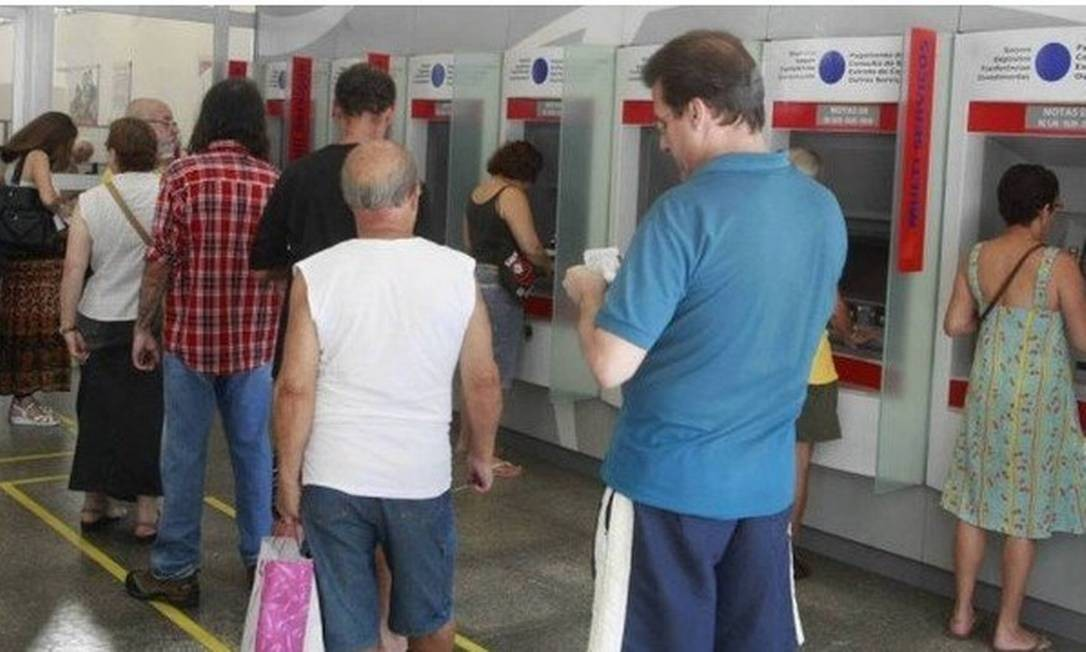 Veja os cuidados e direitos de quem renegocia o empréstimo Foto: Arquivo - Agência O Globo