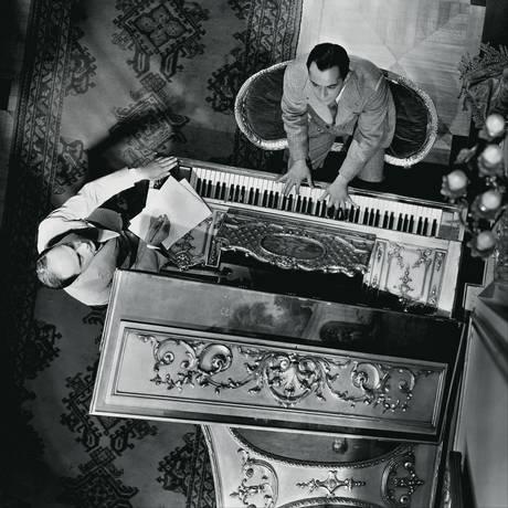 O músico Richard Rodgers e o letrista Lorenz Hart, autores oficiais do clássico