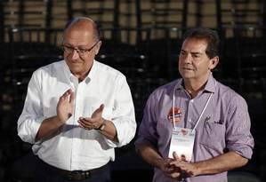 Geraldo Alckmin e Paulinho da Força, na convenção nacional do Solidariedade Foto: Edilson Dantas/Agência O Globo/22-09-2018