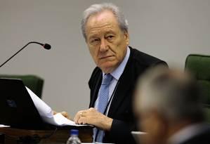 Ano passado, o ministro Ricardo Lewandowski suspendeu validade MP que adiava o reajuste Foto: Jorge William/Agência O Globo/02-10-2018