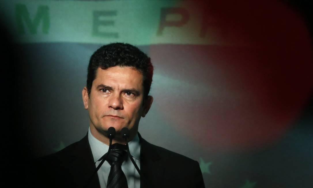 O juiz Sergio Moro repetiu estratégia de 2014 e quebrou sigilo de uma delação com potencial de afetar o curso da eleição Foto: Edilson Dantas / Agência O Globo