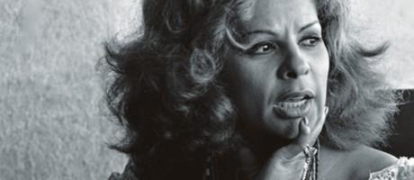 """Angela Maria era adorada por suas colegas de profissão, como Carmen Miranda. Na opinião de Elis Regina, tratava-se """"da maior cantora que o Brasil já teve"""" Foto: José Santos / Agência O Globo"""
