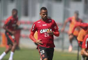 Atacante atuou sob comando de Dorival no Santos Foto: Agência O Globo