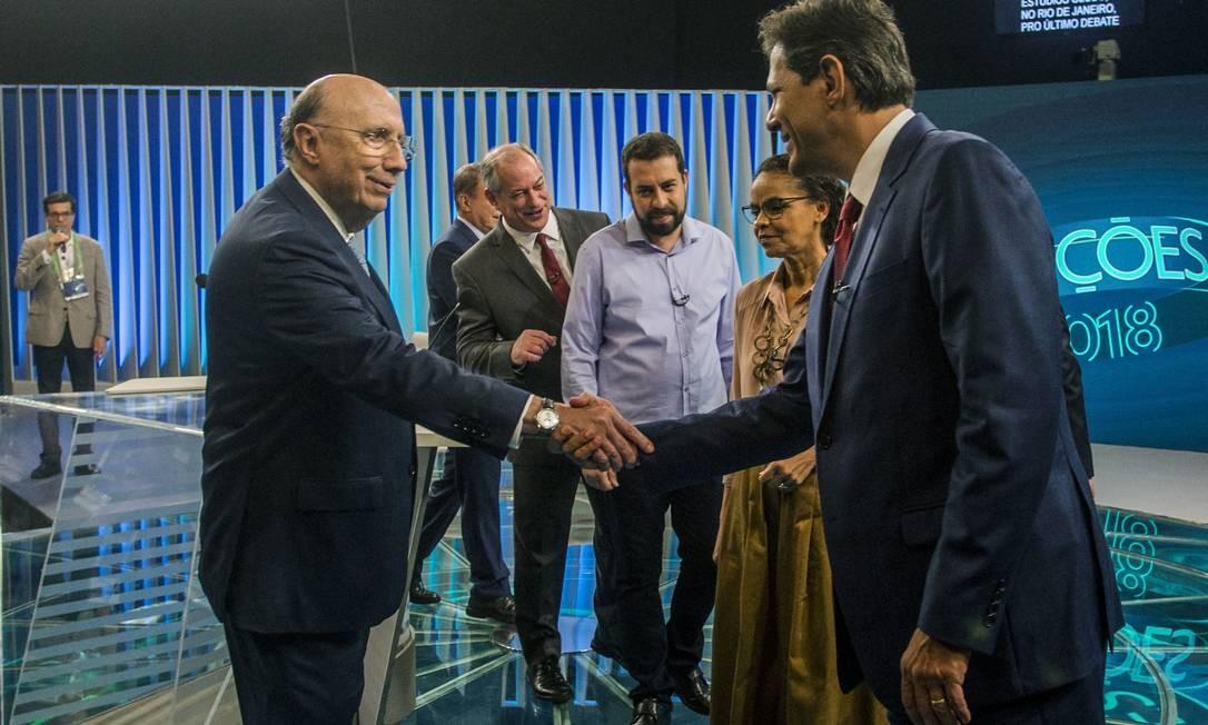 A polarização do país foi tema recorrente nas falas dos candidatos, que criticaram o clima de ódio Foto: DANIEL RAMALHO / AFP