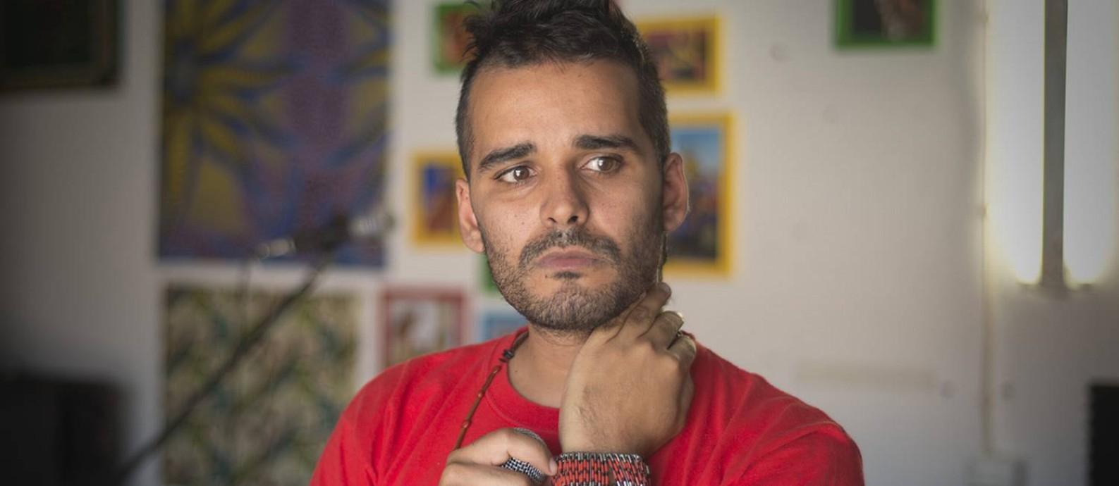 Luaty Beirão, escritor e rapper angolano; ele foi preso diversas vezes sob o governo de José Eduardo dos Santos, que deixou o poder em 2017 Foto: Reprodução