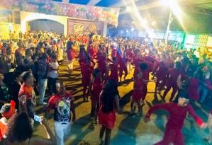 """Alegria, alegria. A escola da Zona Sul, que terá o enredo """"Saravá, Umbanda!"""", estreou a nova quadra Foto: Divulgação/Daniel Thompson"""