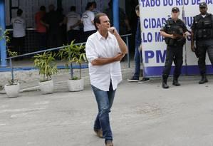 Candidato Eduardo Paes visita o 7° BPM em São Gonçalo Foto: Domingos Peixoto / Domingos Peixoto