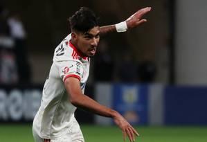 Paquetá comemora seu segundo gol na vitória do Flamengo sobre o Corinthians Foto: PAULO WHITAKER / REUTERS