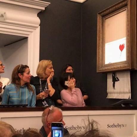 Obra de Basky se 'autotritura' logo após ser vendida no Sotheby's Foto: Reprodução/Instagram