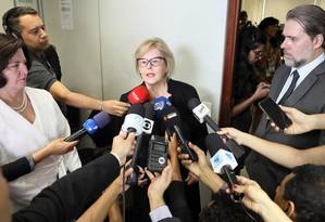 A presidente do TSE, ministra Rosa Weber, durante entrevista Foto: Divulgação