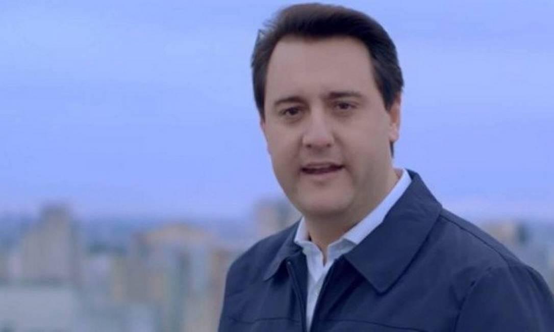 Ratinho Junior, eleito governador do Paraná, recebeu apoio de Bolsonaro na campanha Foto: Reprodução / Facebook