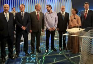 Henrique Meirelles (MDB), Alvaro Dias (Podemos),Ciro Gomes (PDT), Guilherme Boulos (PSOL), Geraldo Alckmin (PSDB),Geraldo Alckmin (PSDB), Marina Silva (Rede) e Fernando Haddad (PT). Os candidatos mais bem colocados nas pesquisas participaram de debate promovido pela TV Globo, no último dia 4 de outubro. Foto: Marcelo Theobald / Agência O Globo