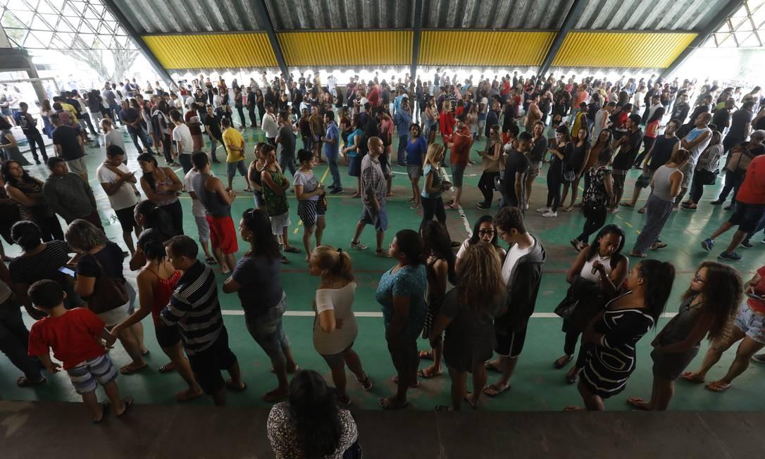 Eleições 2018 - Fila no CAIC em Rio das Pedras Foto: Custódio Coimbra / Agência O Globo
