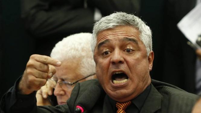 Olímpio: caderno com cargos de confiança de adversários na Alesp Foto: Ailton de Freitas / Agência O Globo