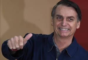 Candidato Jair Bolsonaro após votar no Rio de Janeiro Foto: MAURO PIMENTEL / AFP