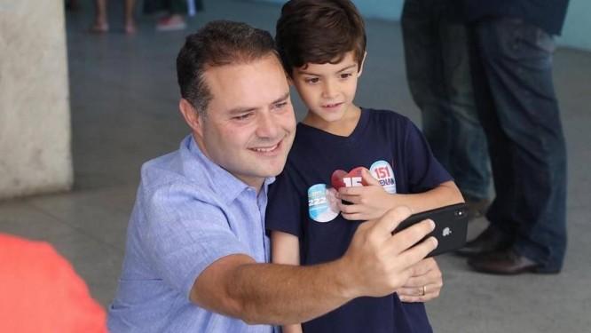O governador alagoano Renan Filho (MDB) foi reeleito com 77,3% dos votos Foto: Reprodução do Facebook