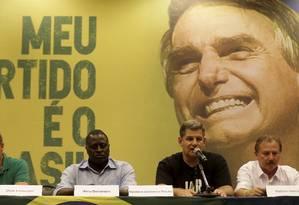 Onyx Lorenzoni, Hélio Bolsonaro Gustavo Bibianno Rocha e Natan Garcia durante coletiva do PSL, partido de Bolsonaro. Foto: MARCELO THEOBALD