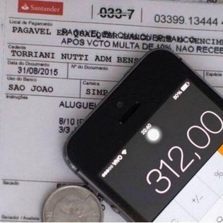 Boletos de pagamento: quitação poderá ser feita em qualquer banco, mesmo após o vencimento Foto: Arquivo - Agência O Globo