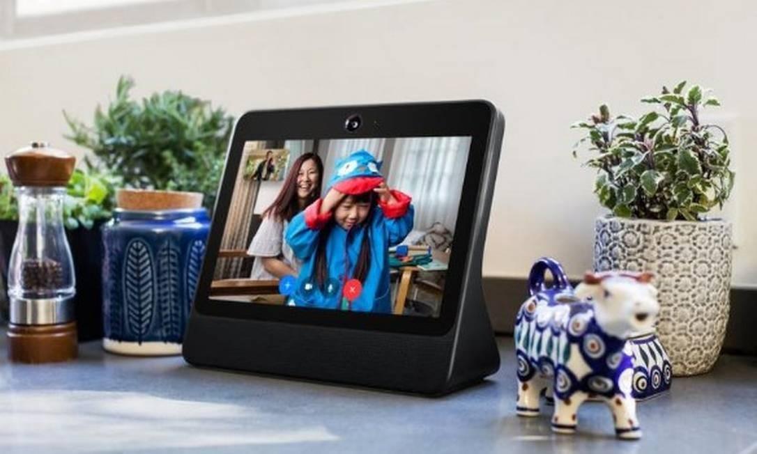 Nova tela inteligente para chamada de vídeos é lançada pelo Facebook Foto: Reuters