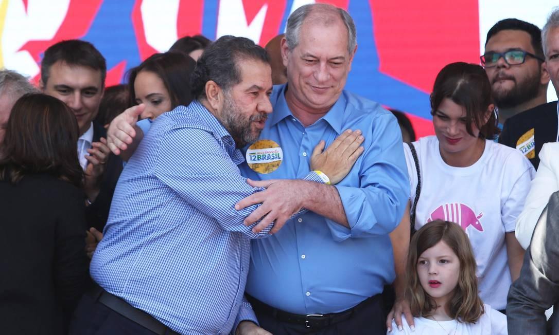 Carlos Lupi e Ciro Gomes no lançamento da candidatura do PDT à Presidência Foto: Ailton de Freitas/Agência O Globo/20-07-2018