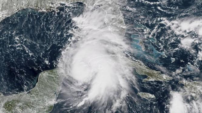 O furacão Michael, sobre o Golfo do México Foto: HO / AFP
