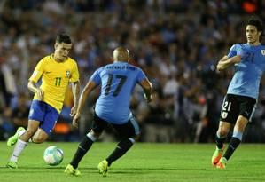 Philippe Coutinho em ação em partida das Eliminatórias 2018 Foto: Lucas Figueiredo/CBF