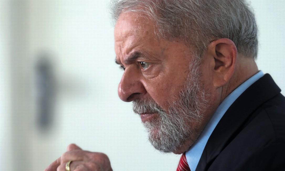 O ex-presidente Lula está preso na carceragem da PF em Curitiba Foto: Paulo Whitaker / Reuters
