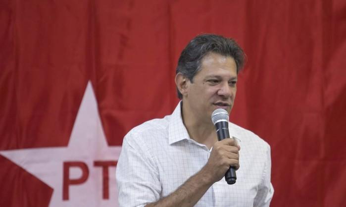 O candidato Fernando Haddad (PT) Foto: Edilson Dantas / Agência O Globo
