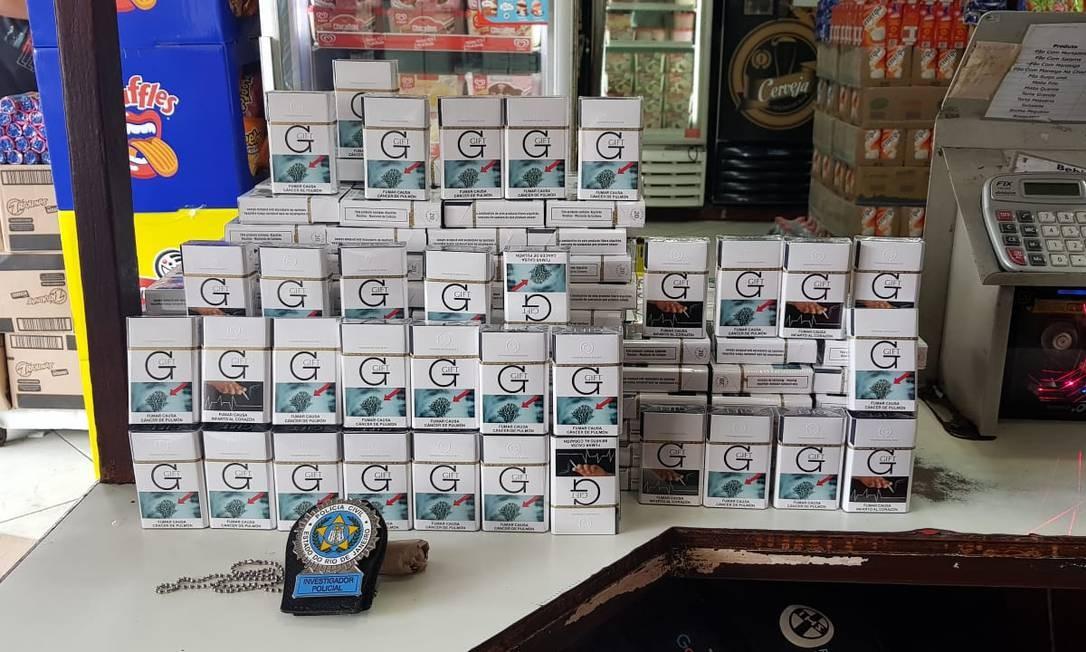Maços de cigarro apreendidos em operação da Polícia Civil Foto: Reprodução