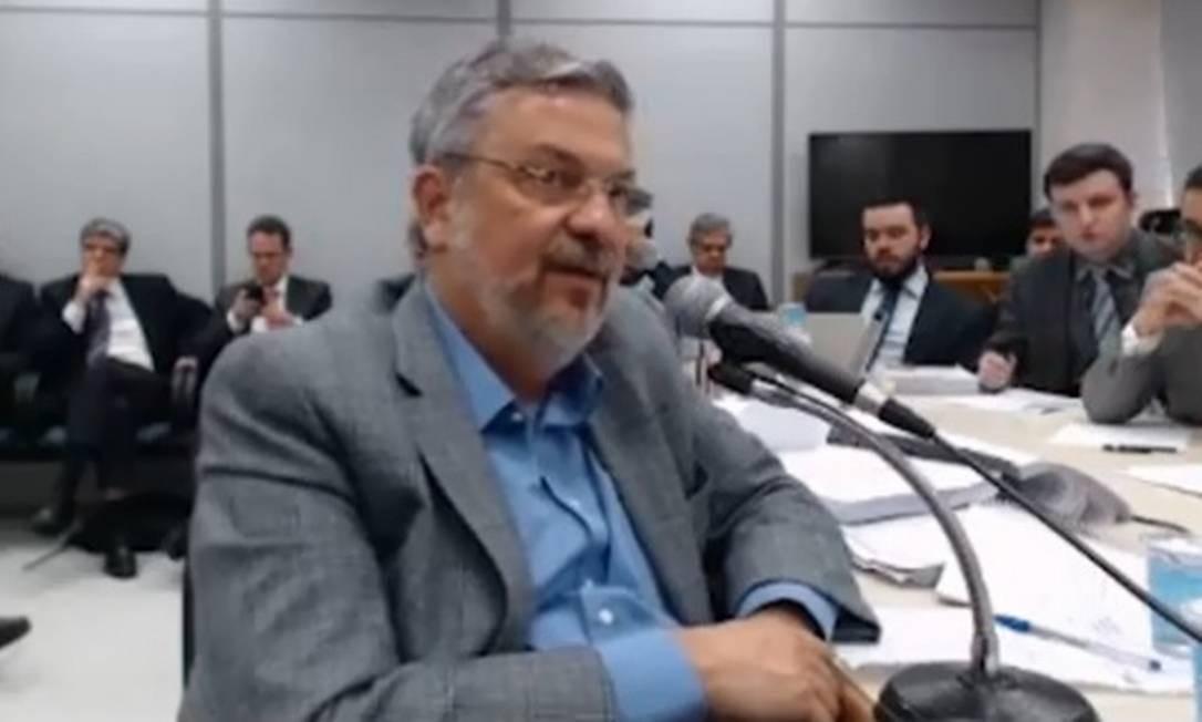 O ex-ministro Antonio Palocci, durante depoimento ao juiz Sergio Moro Foto: Reprodução
