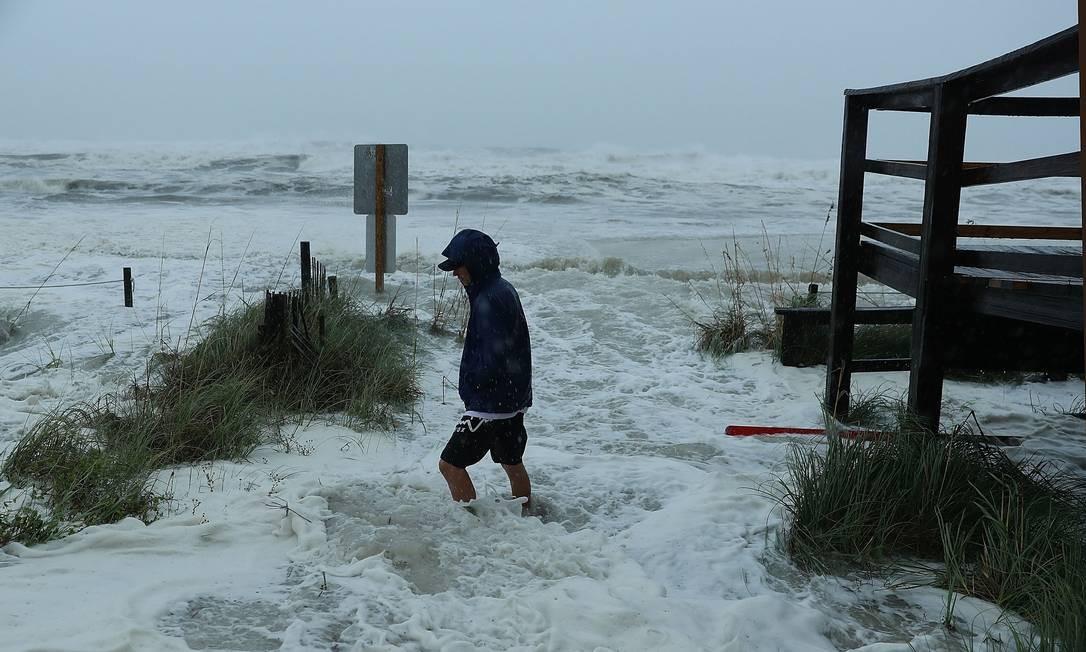 O furacão está previsto para atingir o Panhandle da Flórida em uma possível tempestade de categoria 4 Foto: JOE RAEDLE / AFP